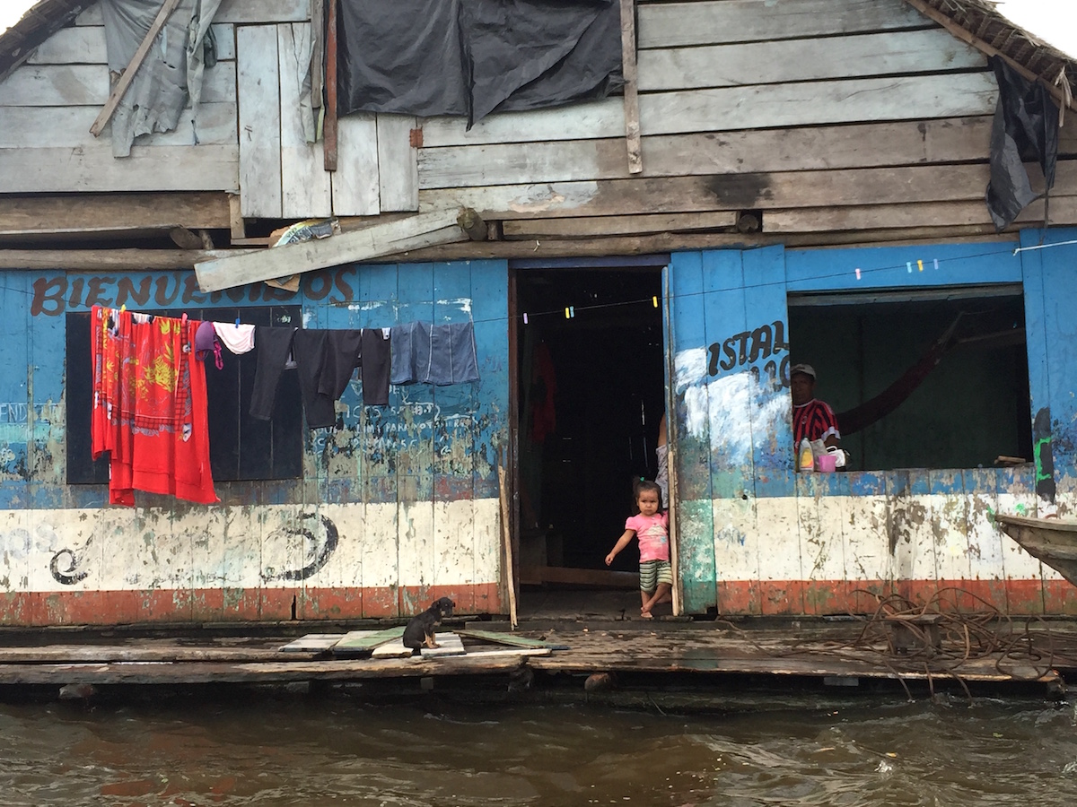 Jenny Mikkelson - A floating village in the Amazon, Peru