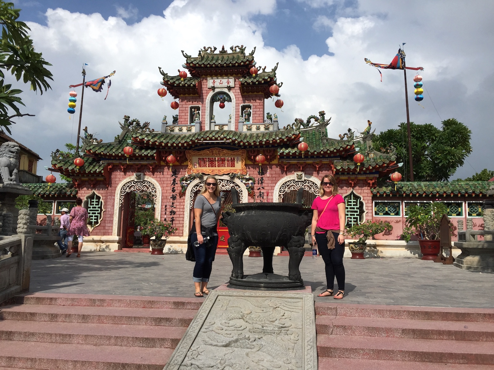Katie and Kayla's Week in Vietnam - Travel Beyond